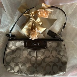 NWOT AUTHENTIC COACH SATEEN CLUTCH